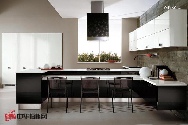 现代主义风格整体橱柜装修图片 黑白经典色彩搭配打造时尚干练的厨房装修效果图大全2012图片