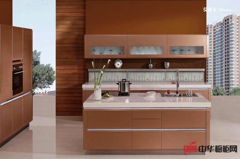 香槟色整体橱柜装修效果图 双排型整体厨房装修效果图