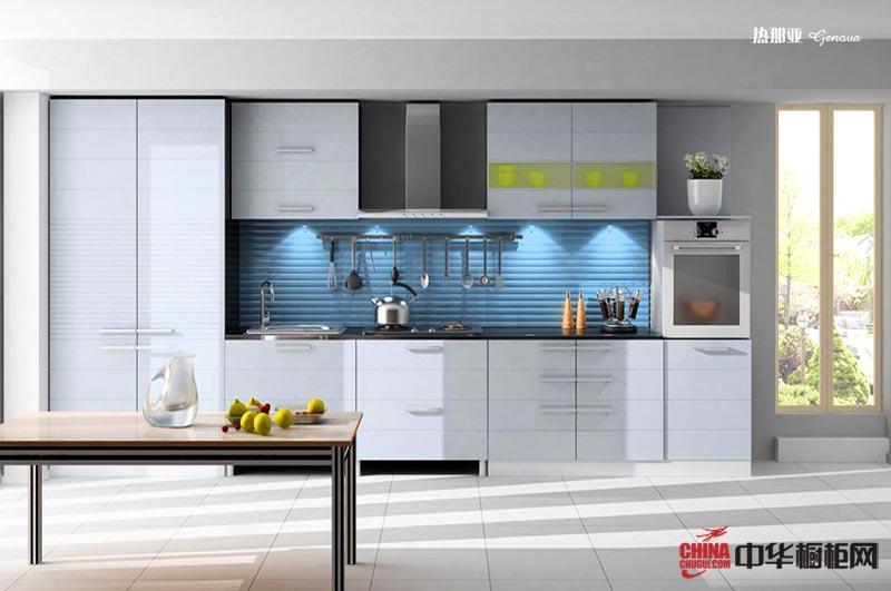 白色烤漆橱柜图片展示都市风情 一字型小厨房装修效果图给厨房空间带来开阔感