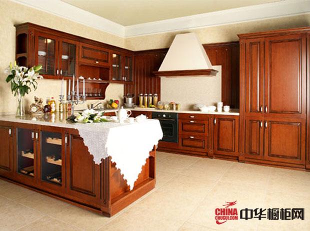 晶宝橱柜——古典风格厨房装修效果图大全2012图片 实木橱柜设计效果图彰显着岁月的精华