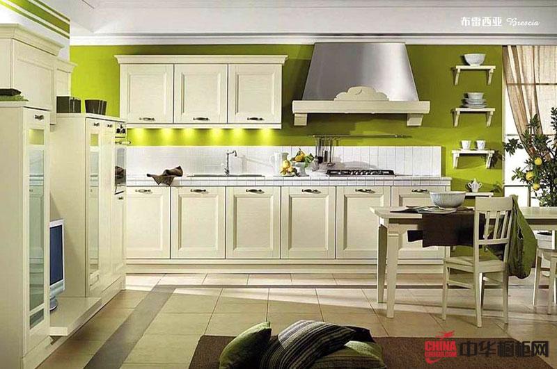 田园风格厨房装修设计效果图 实木橱柜装修图片展示开放式厨房的清新大气
