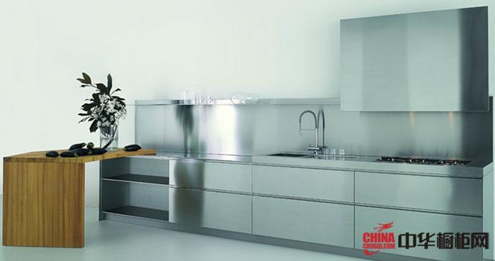洁净的厨房装修图片|整体橱柜装修图片可旋转的木质操作台可做临时餐厅