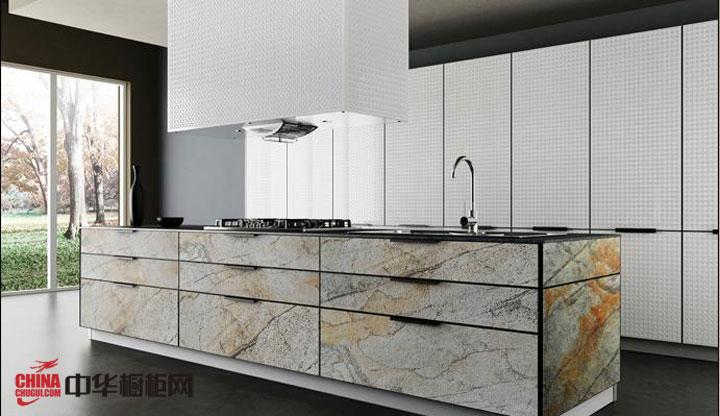 开放式厨房装修效果图大全2012图片 时尚花纹橱柜装修设计 简欧风格橱柜展现淋漓尽致