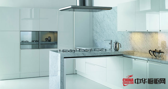 冷色系列整体橱柜装修图片欣赏 展示现代设计的机制简约派风格