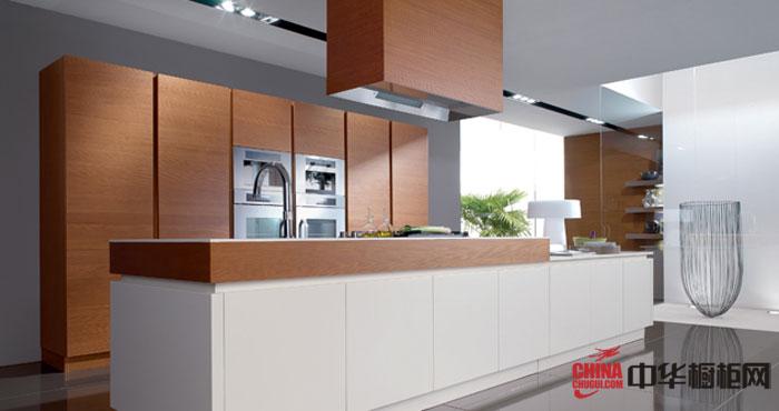 清新的清水木作整体橱柜 原木色厨房装修效果图欣赏