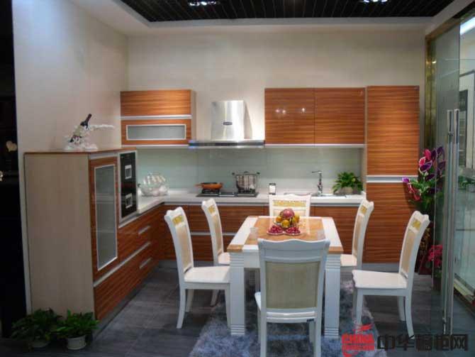 L型厨房装修效果图 2012整体橱柜装修图片