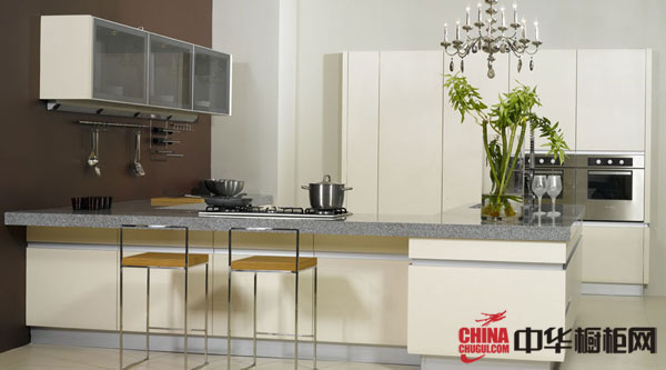 白色烤漆整体橱柜图片|2012最新款整体橱柜图片 简约风格整体橱柜装修效果图 厨房橱柜图片展示现代潮流生活