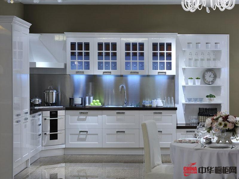 亮光珍珠白整体橱柜图片 美佳厨柜烤漆系列包豪斯  轻古典风格