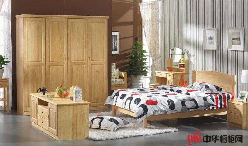 仿古风格整体衣柜图片 实木衣柜图片欣赏 使整个卧室更爽朗舒适