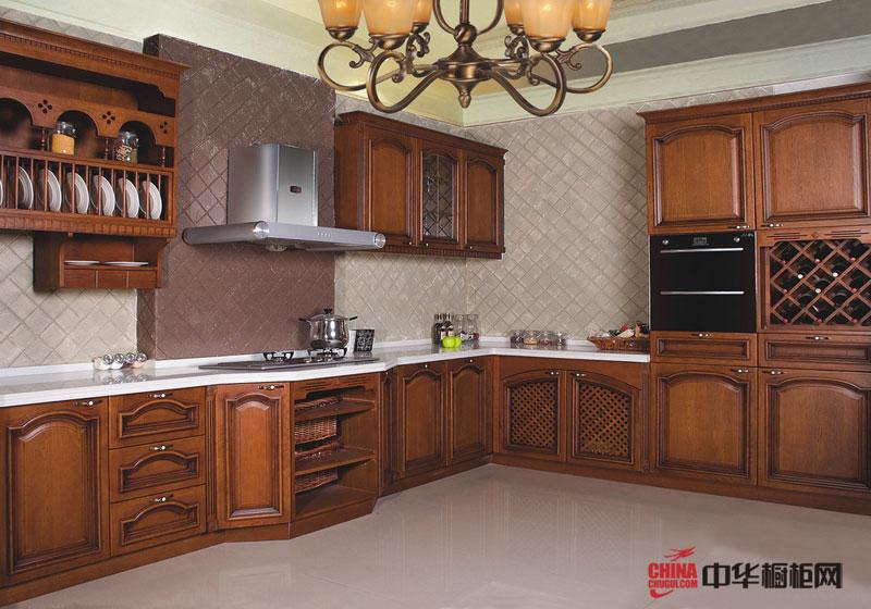 欧式风格整体橱柜装修效果图 整体实木橱柜图片折射出欧洲奢华的贵族生活