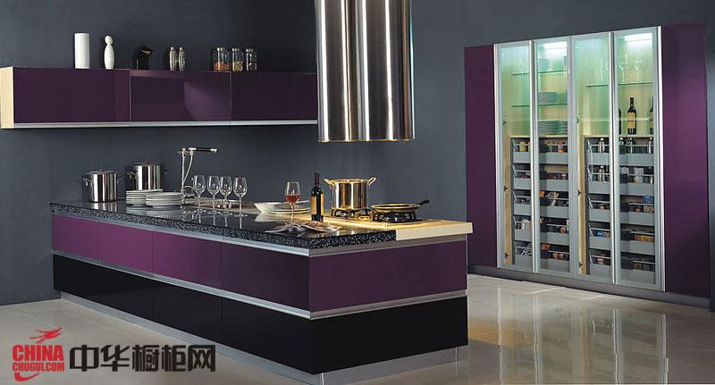 2012年烤漆橱柜效果图——紫色整体橱柜装修效果图 简约风格橱柜图片孕育着浪漫的家居生活氛围