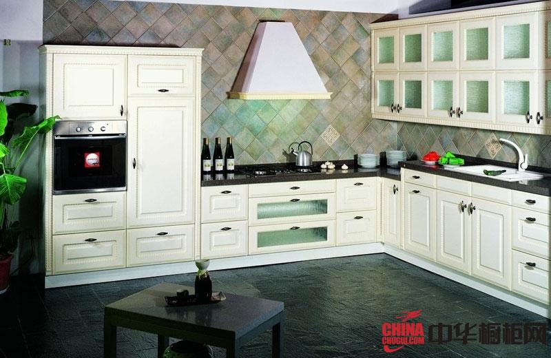 欧式整体橱柜图片——白色实木橱柜图片 整体橱柜效果图展现娴静的生活