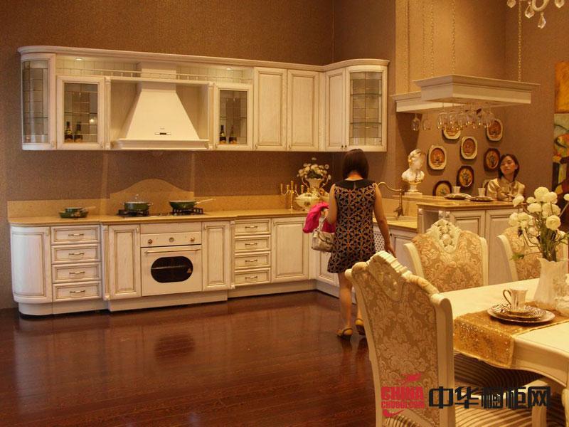 欧式橱柜图片-金牌厨柜图片-古典风格整橱柜装修实景图