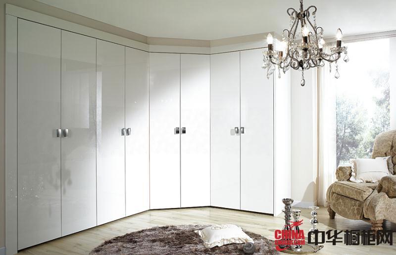 简约风格圣格兰迪衣柜图片 白色烤漆大衣柜效果图 2012最新款整体衣柜