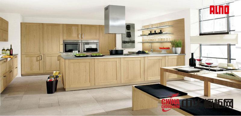 乡村风格整体橱柜图片-实木橱柜图片-厨房装修效果图大全2012图片