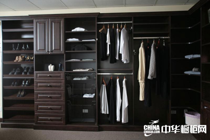 中式衣柜效果圖-實木衣柜圖片-整體衣柜圖片欣賞