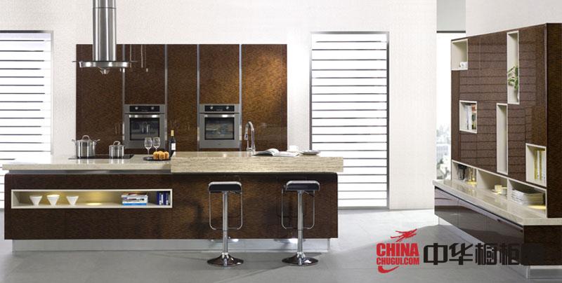 咖啡色烤漆橱柜图片 简约风格金牌橱柜图片 2012年厨房橱柜图片欣赏