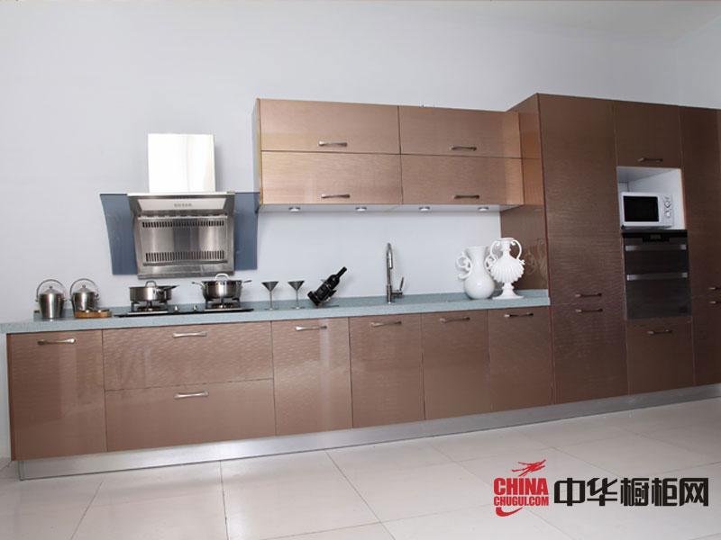 2012年最新款瑞盛欧整体橱柜图片 uv金属板整体橱柜 厨房装修效果图欣赏