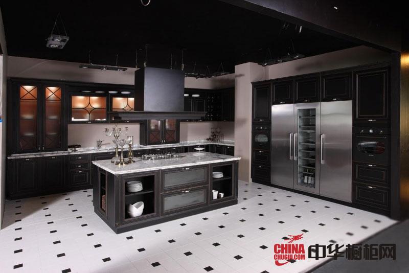 2012年最新款欧式整体橱柜图图片-博洛尼橱柜实木橱柜图片-厨房装修效果图大全2012图片