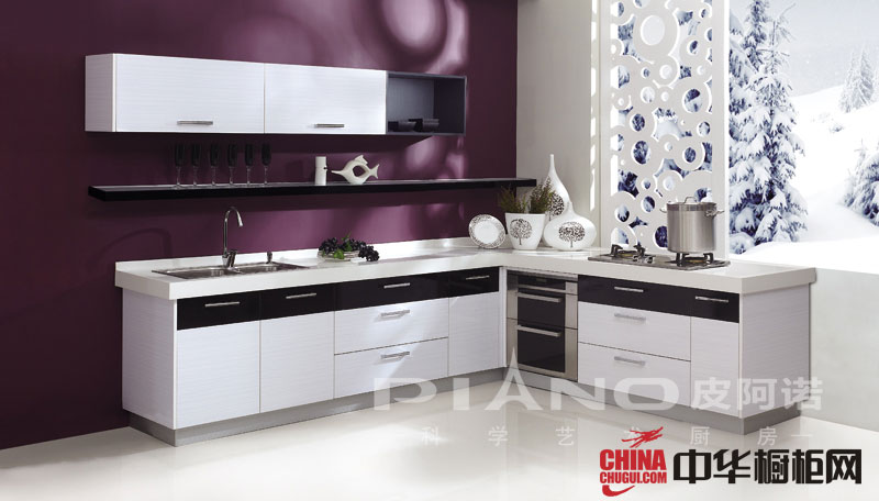 白色不锈钢烤漆橱柜图片-简约风格皮阿诺橱柜设计效果