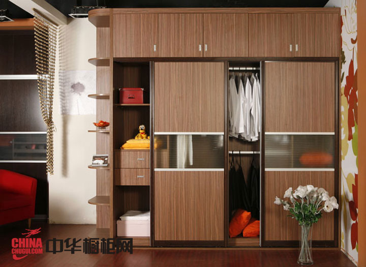 新古典风格整体衣柜图片-实木衣柜设计图-2012年最新款衣柜效果图欣赏