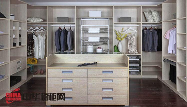 簡約風格整體衣柜效果圖-寧芬堡 2012年最新款衣柜設計圖欣賞