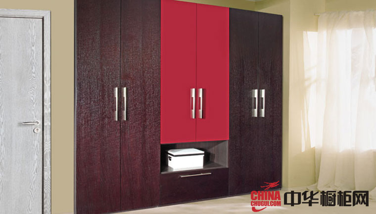 现代简约风格柯拉尼衣柜效果图 2012年最新款整体衣柜设计图欣赏