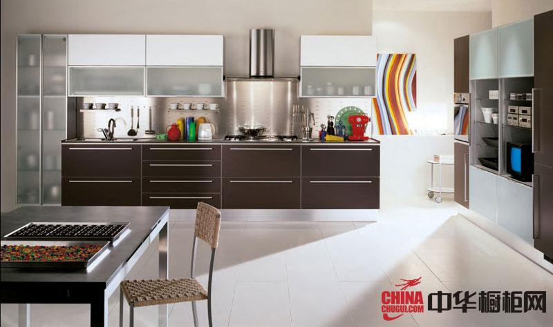 简约风格整体橱柜图片 咖啡色不锈钢整体橱柜效果图 2012年厨房橱柜图片欣赏