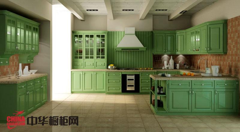 田园风格橱柜效果图 绿色烤漆实木橱柜图片 2012年厨房橱柜图片展现生机