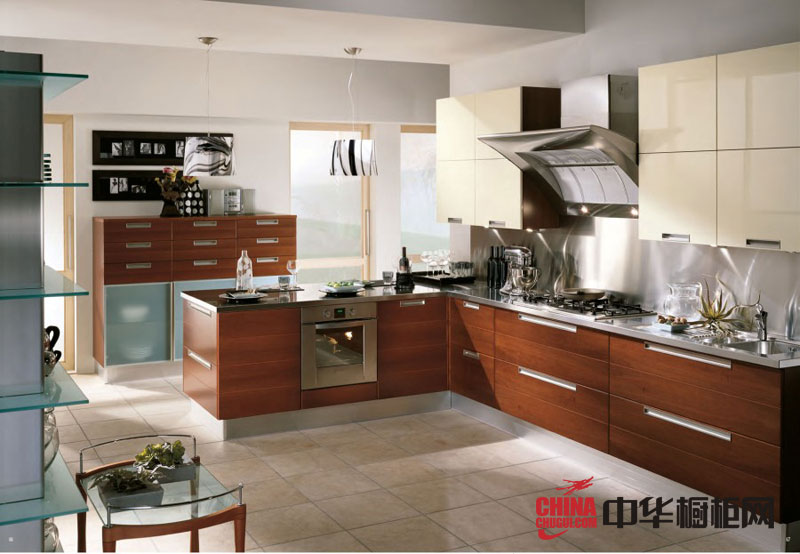 田园风格整体橱柜图片-实木橱柜图片-厨房装修效果图大全2012图片