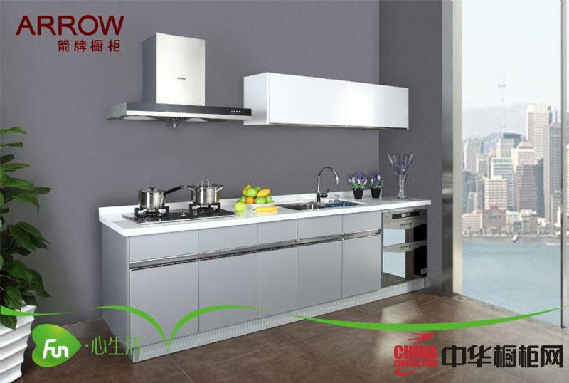 简约风格整体橱柜装修效果图 银灰色箭牌烤漆橱柜图片-箭云PAD 小厨房装修效果图