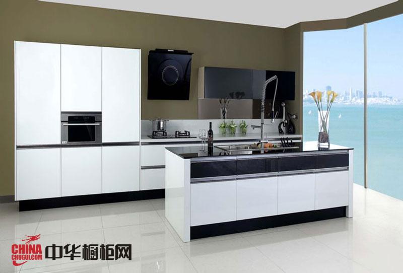 黑白烤漆橱柜图片-极地恋歌 简约风格整体橱柜设计效果图 厨房装修效果图大全2012图片