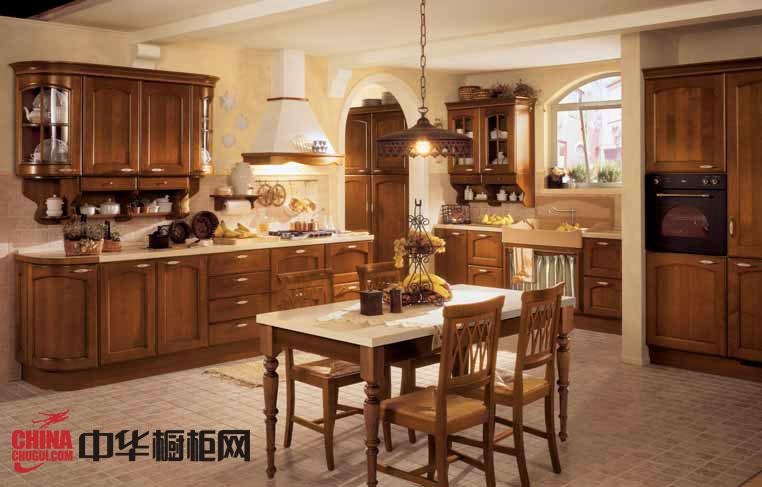 古典风格实木橱柜图片-阿桂萨尔 2012最新款整体橱柜图片 厨房装修效果图欣赏