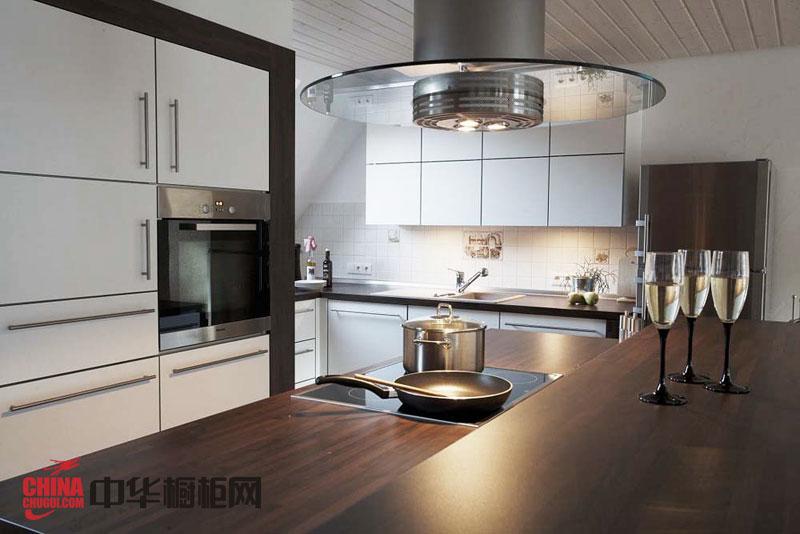 咖啡色整体橱柜设计效果图 烤漆橱柜效果图 厨房装修效果图大全2012图片