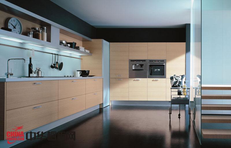 香槟色整体橱柜效果图 2012最新款整体橱柜图片 厨房整体橱柜效果图