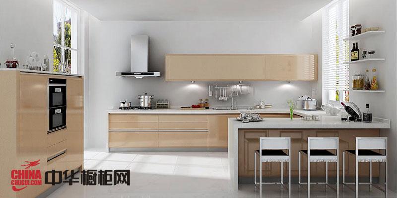 香槟色烤漆橱柜效果图 时尚厨房装修效果图