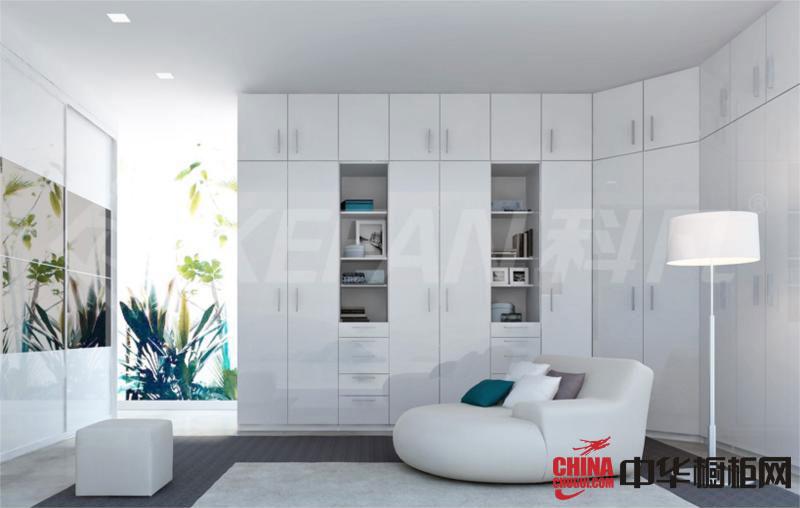 简约风格整体衣柜效果图 白色烤漆大衣柜效果图