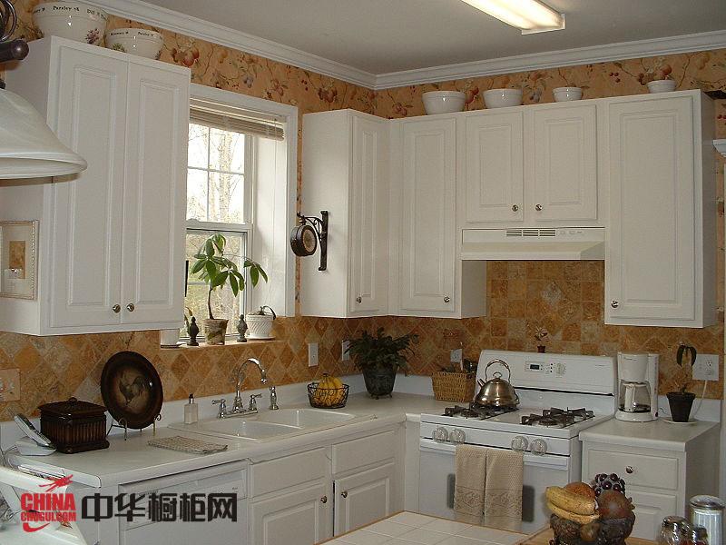 欧式风格橱柜图片 整体橱柜效果图 厨房整体橱柜效果图欣赏