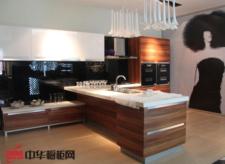 西泊橱柜吸塑烤漆混搭橱柜效果图 厨房装修效果图大全2012图片