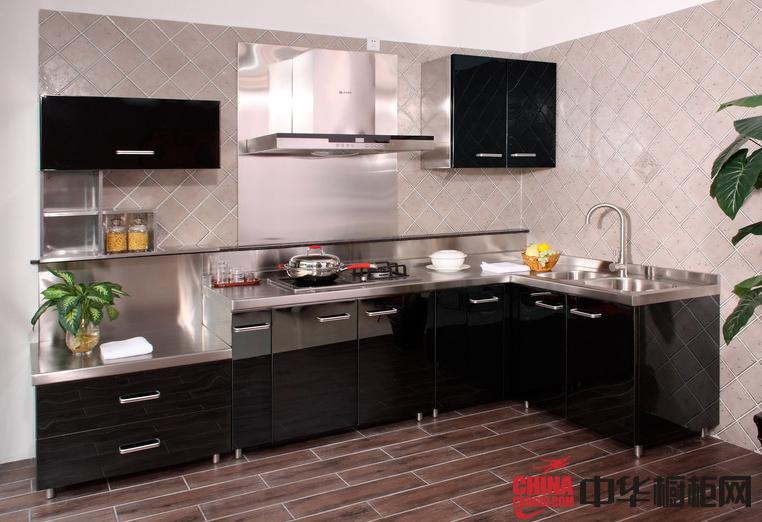 黑色烤漆橱柜图片 不锈钢整体橱柜设计效果图 小厨房装修效果图欣赏