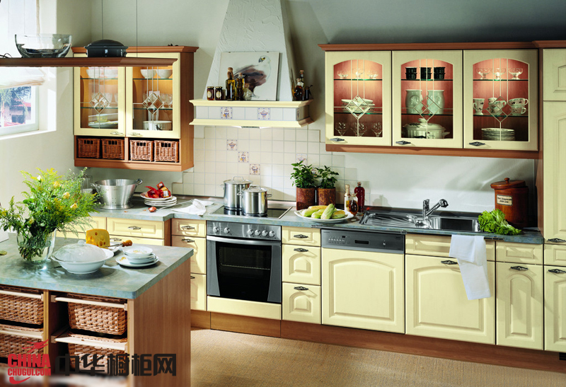田园风格橱柜效果图欣赏 厨房装修效果图大全2012图片
