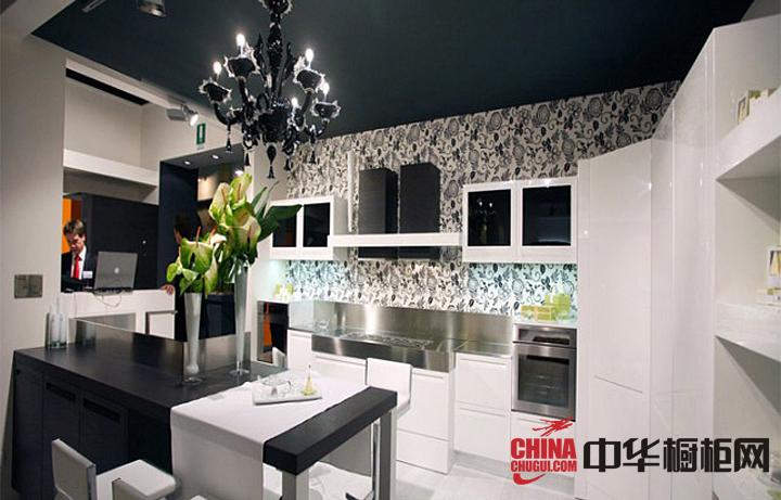 白色烤漆橱柜图片|不锈钢橱柜效果图 厨房装修效果图大全2012图片
