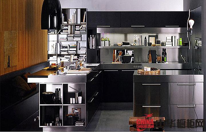 银色不锈钢橱柜效果图 简约风格整体橱柜图片 厨房装修效果图大全2012
