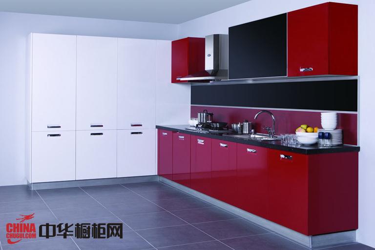 深红色烤漆橱柜效果图片 一字型小厨房装修效果图欣赏