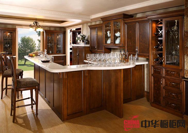 古典风格整体橱柜图片 厨房装修效果图欣赏
