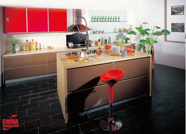 香槟色整体橱柜图片 简约风格橱柜装修效果图