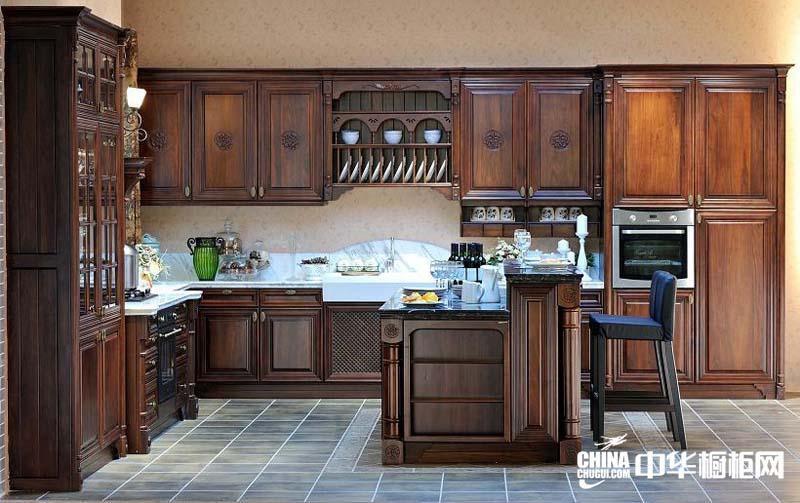 恢弘大气欧式厨房装修图片 罗马风情整体橱柜装修设计