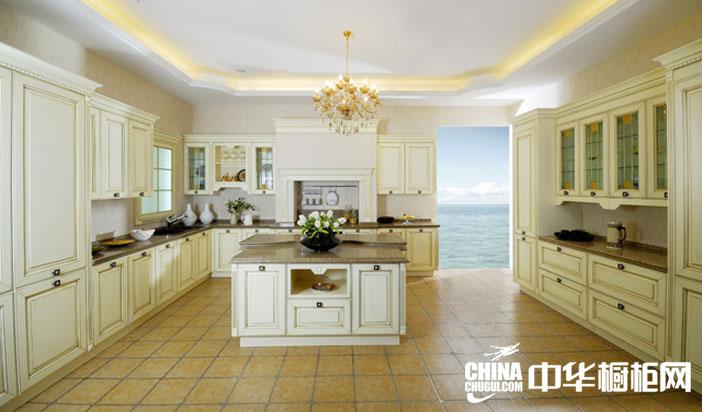 新田园风格时尚橱柜效果图 浅色系开放式厨房装修设计