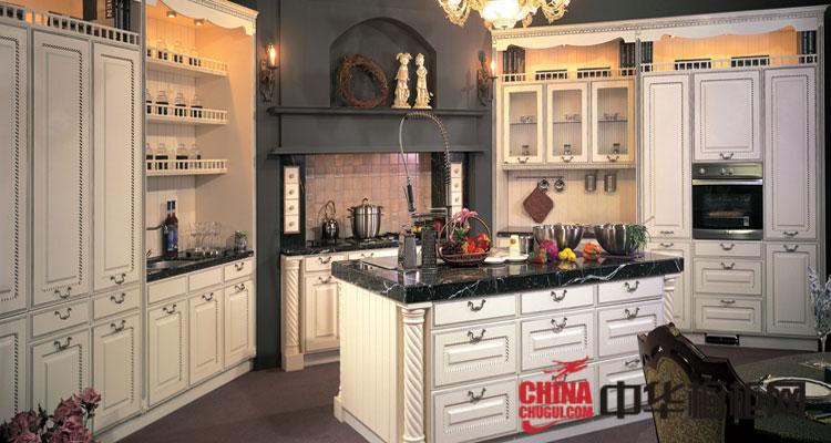 金牌橱柜欧式罗马风格厨房装修效果图 白色实木橱柜效果图