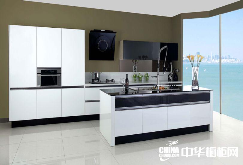 白色烤漆整体橱柜效果图 时尚简约开放式厨房装修设计